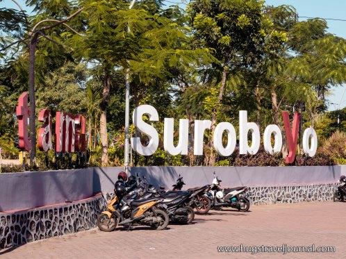 taman Surabaya1
